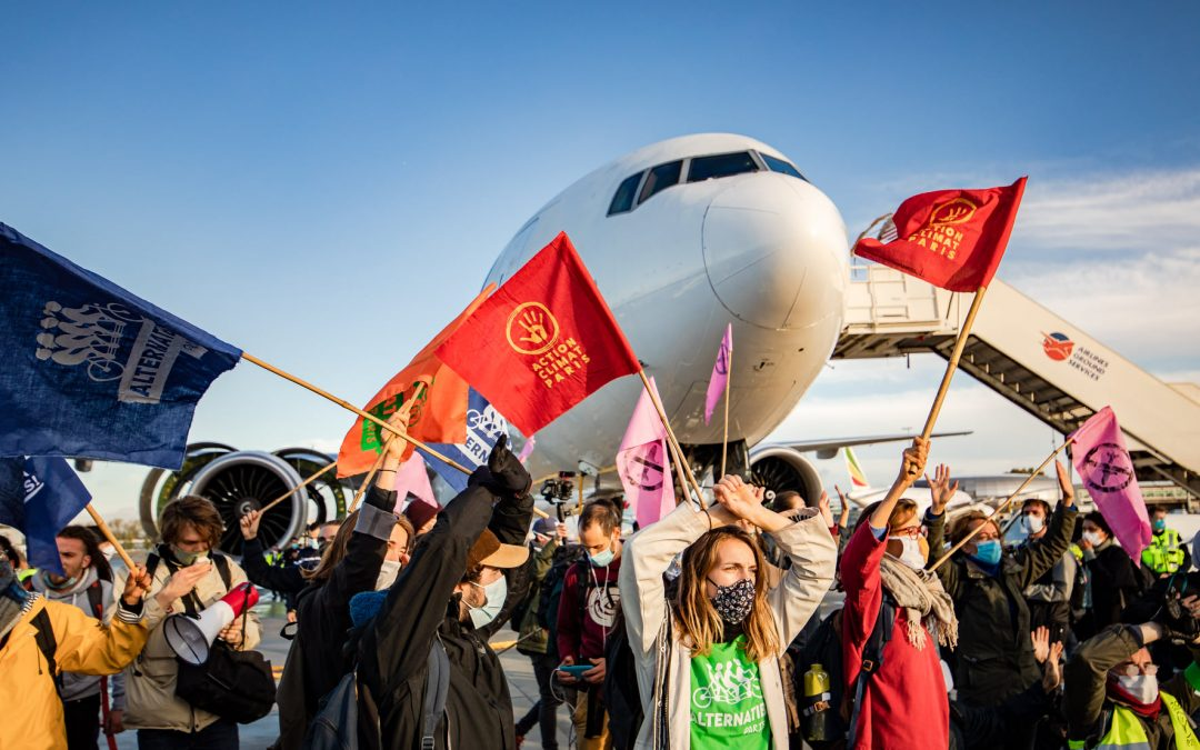 #AvionsATerre: protests at 18 airports in France and Mexico